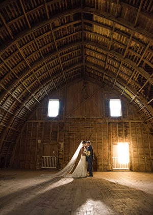 Couple in Barn Chapel